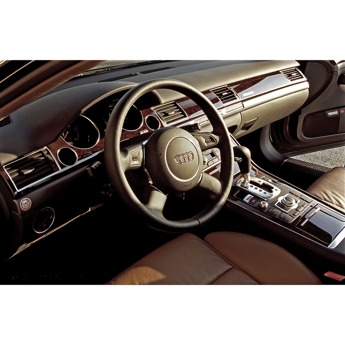 LT_20_Audi_1100x