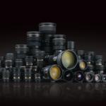 レンズコーティングはなぜ反射が抑えられ透過率が上がるのか?