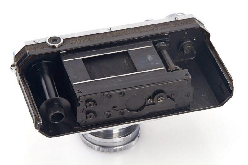 Nikon I
