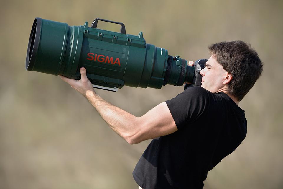 APO 200-500mm F2.8 : 400-1000mm F5.6 EX DG
